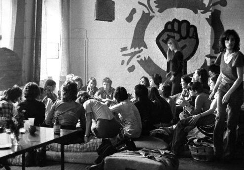 Diskussion im LAZ Faust sprengt Frauenzeichen